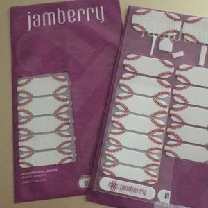 Jam berry nail sets.